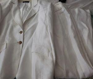 Tahari business suit